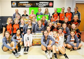 Lady Tiger Volleyball Hosts Food Drive
