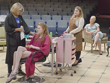 'Steel Magnolias' Cast Find Connections To Roles