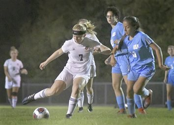 Lady Tigers Score Commanding Win Over Generals