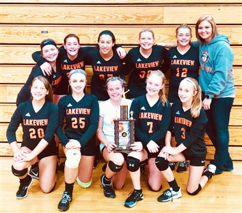 Lakeview 7th Graders Win Volleyball Tournament