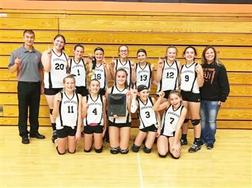 Edgewod Wins 8th Grade Volleyball Title
